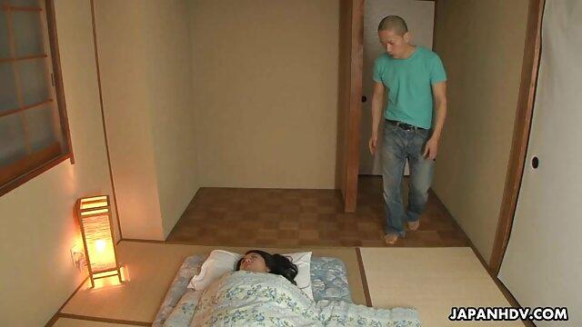 cô gái tóc vàng Lena Paul giết bạn trai xess nhat ban của cô!