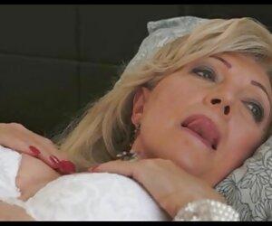 Busty abigail mẹ, cứng như một tảng đá trong một bể bơi phim sex nhat dep nhat