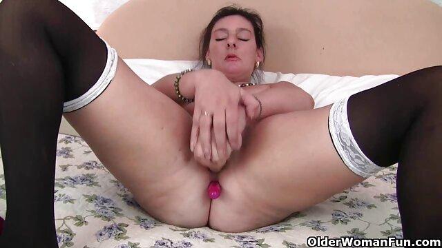 Đồi trụy nữ quyến rũ bởi một cô gái tóc phim sex nhat dep vàng tình dục bằng miệng.