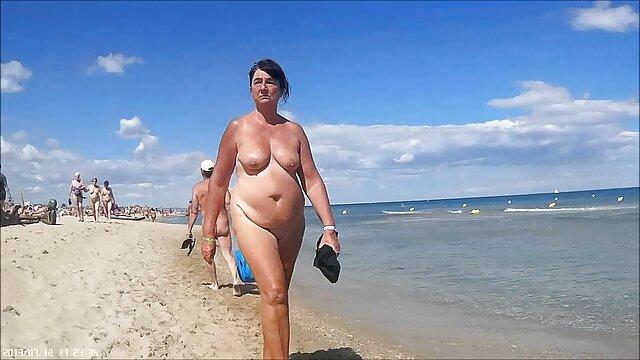 Tuyệt vời thổi jav hd nhat ban cho một số than trên bãi biển,
